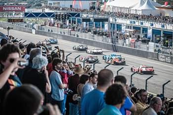 A equipa do português Filipe Albuquerque ficou hoje em terceiro na corrida do European Le Mans Series no autódromo do Estoril