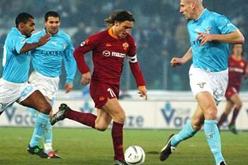 25 anos, 25 imagens de Totti, o ´Imperador` de Roma