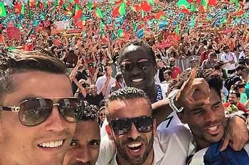 Selfie de Ronaldo na Alameda