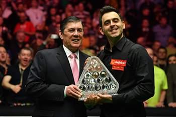 Ronnie voltou a fazer história no snooker
