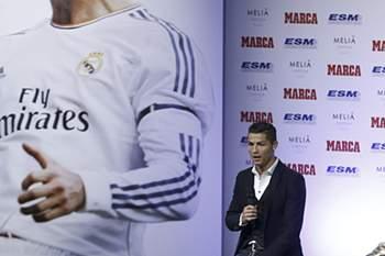 Ronaldo recebe a sua terceira Bota de Ouro