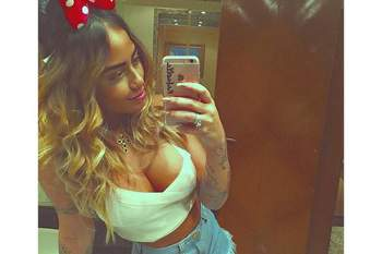 Irmã de Neymar arrasa no Carnaval