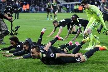 Chelsea campeão de Inglaterra 16/17