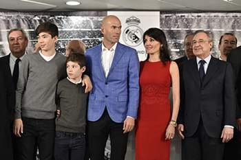 Zidane apresentado como treinador do Real Madrid