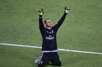Jogadores na porta de saída de Madrid