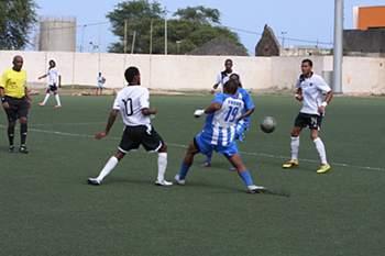 Desportivo da Praia X Académica do Porto Novo
