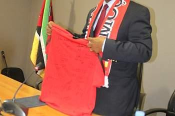 Ministro dos Desportos recebe Mambas