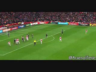Arsenal bate Leicester com golo aos 95'