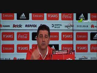 """Rui Vitória e a arbitragem: """"Isto de facto não está fácil"""""""