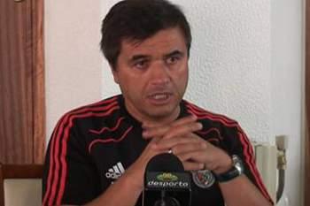 Paulo Fernandes repete convocatória