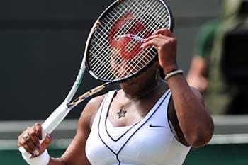 Serena Williams vence em Brisbane