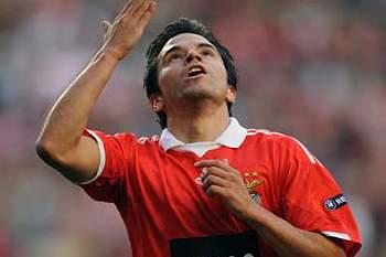 Benfica despede-se da Suíça com vitória