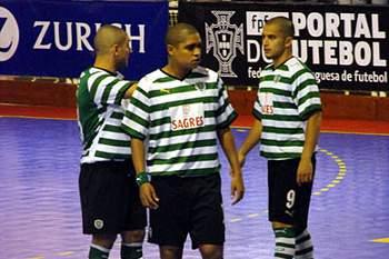 Sporting vence SL Olivais