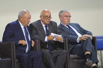 Artur Lopes reeleito com 92,3 por cento dos votos