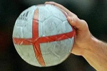 Portugal goleado na Roménia