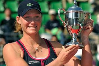 Samantha Stosur alcança primeira vitória no WTA