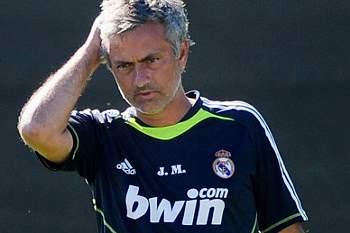 Mourinho recebeu Medalha de Mérito Distrital em Setúbal