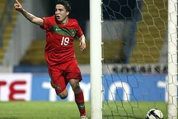 Portugal bate Irlanda nos minutos finais