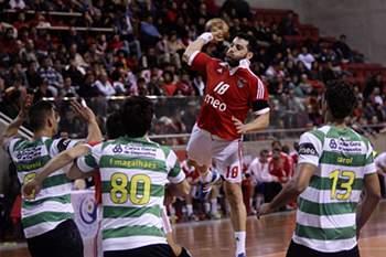 Sporting e Benfica em duelo nas meias-finais da Taça