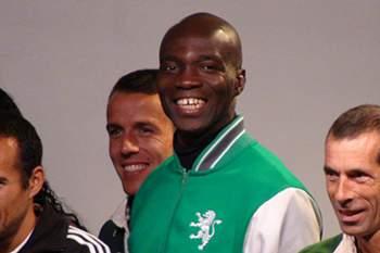 Obikwelu convidado para treinador de velocidade do Sporting