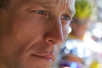"""Armstrong pede desculpa a Bassons, uma das suas """"vítimas"""""""