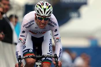 Rui Costa termina Volta ao Dubai no 15.º lugar