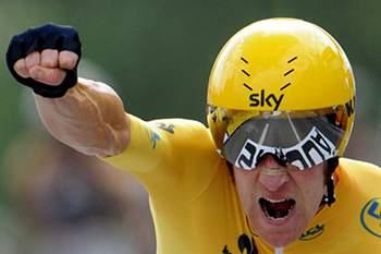 Esteban Chaves vence etapa, Wiggins segue na liderança