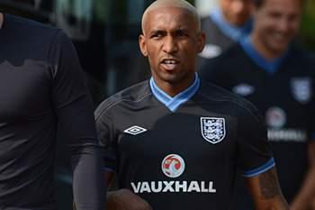Inglaterra vinga-se da eliminação do Euro2012