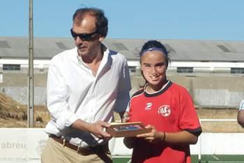 Joana Marchão eleita melhor futebolista de março