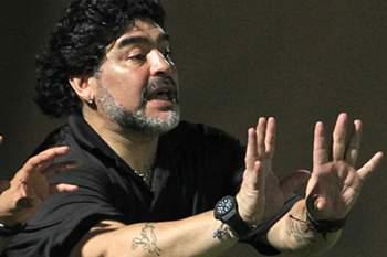 Maradona notificado pelo fisco italiano