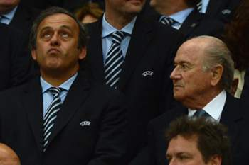 Blatter ironiza sobre proposta de Platini