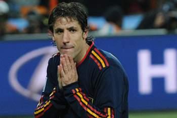 Capdevila renova com o Espanyol por mais uma época