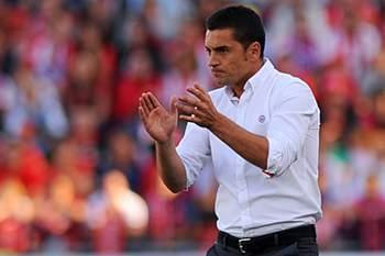 Almeria mantém treinador que assegurou manutenção