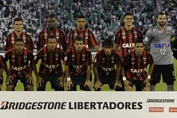 """Atlético, o """"Furacão"""" do Paraná"""