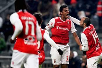 Braga volta às vitórias com goleada ao Olhanense