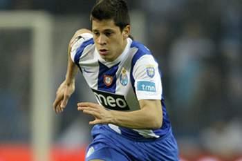 Hellas Verona vai comprar Iturbe