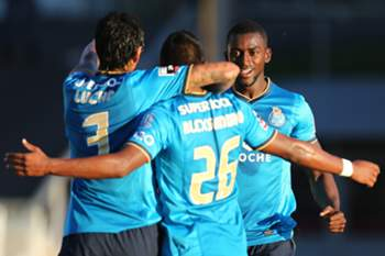 FC Porto vence em Arouca e regressa à liderança