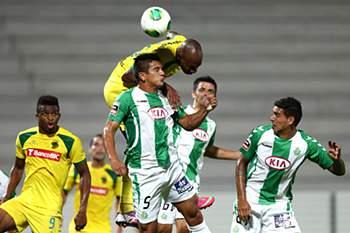 Ricardo salva Costinha de mais uma derrota