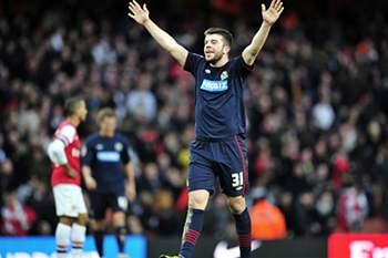 Blackburn de Nuno Gomes elimina Arsenal