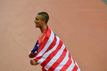 Ashton Eaton sagra-se campeão olímpico