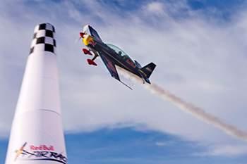 Red Bull Air Race regressa em 2014