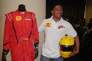 Piloto angolano estreia-se na GP3 na Catalunha