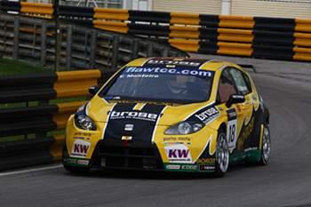 Tiago Monteiro em 8º lugar na segunda corrida