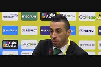 """Vamos jogar para ganhar"", afirma Paulinho"