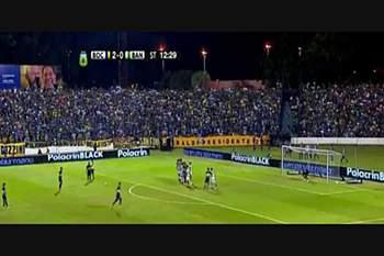 Carlos Tévez volta a marcar pelo Boca Juniors