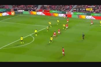 Benfica Paços vídeos