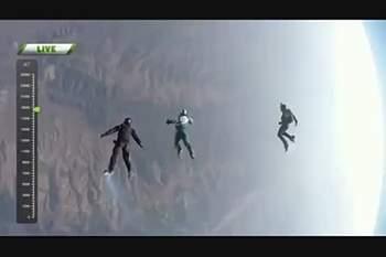 De tirar o fôlego! Homem salta 25 mil pés sem paraquedas e bate recorde mundial