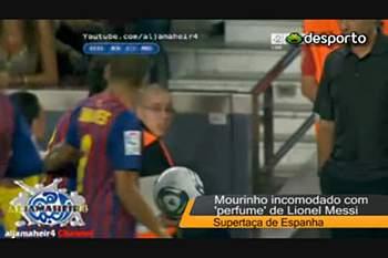 Mourinho queixa-se do 'perfume' de Messi