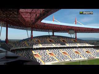 """Estádio de Aveiro: o """"elefante branco"""" da cidade"""