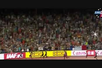 Bolt bate Gatlin e é campeão do Mundo nos 200 m